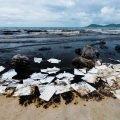 panni per assorbimento di oli in mare