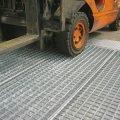 piattaforma di contenimento in acciaio zincato