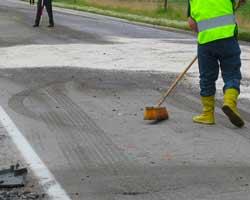 polvere assorbente neutralizzante per asfalto