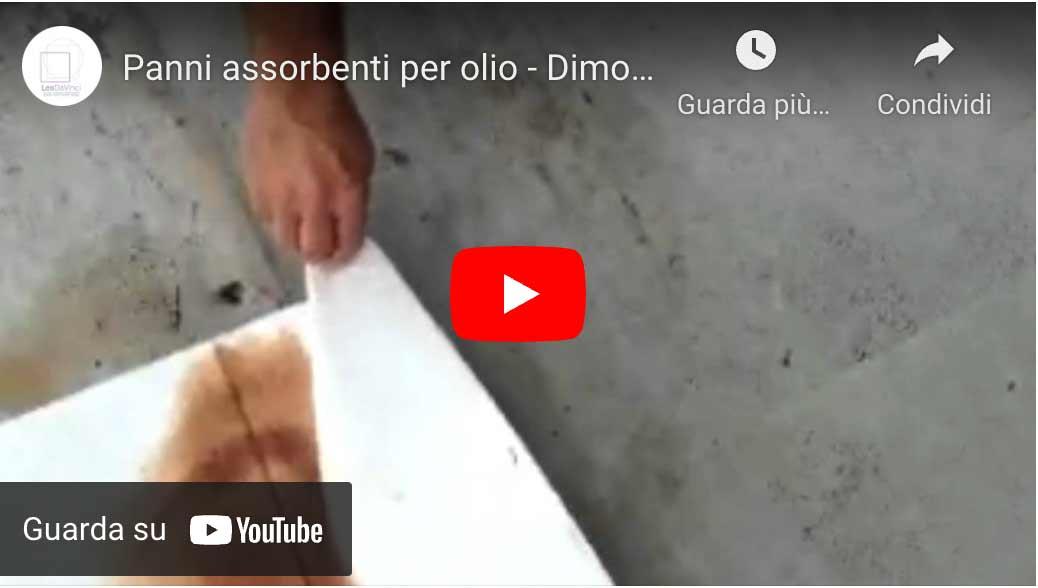 video dei panni assorbenti per idrocarburi