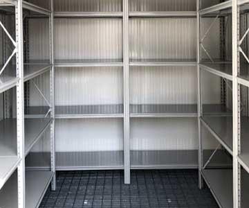 deposito container scaffali interni